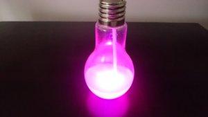 光る電球ソーダ