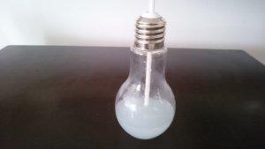 電球ソーダの容器